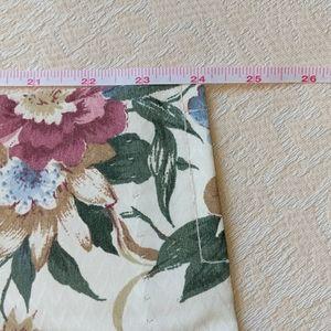 Vintage Accents - VINTAGE Set of 4 Burlington House Floral Drapes